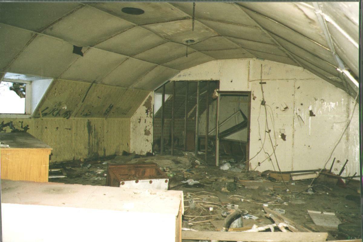 Kodiak military history the quonset hut for Quonset hut